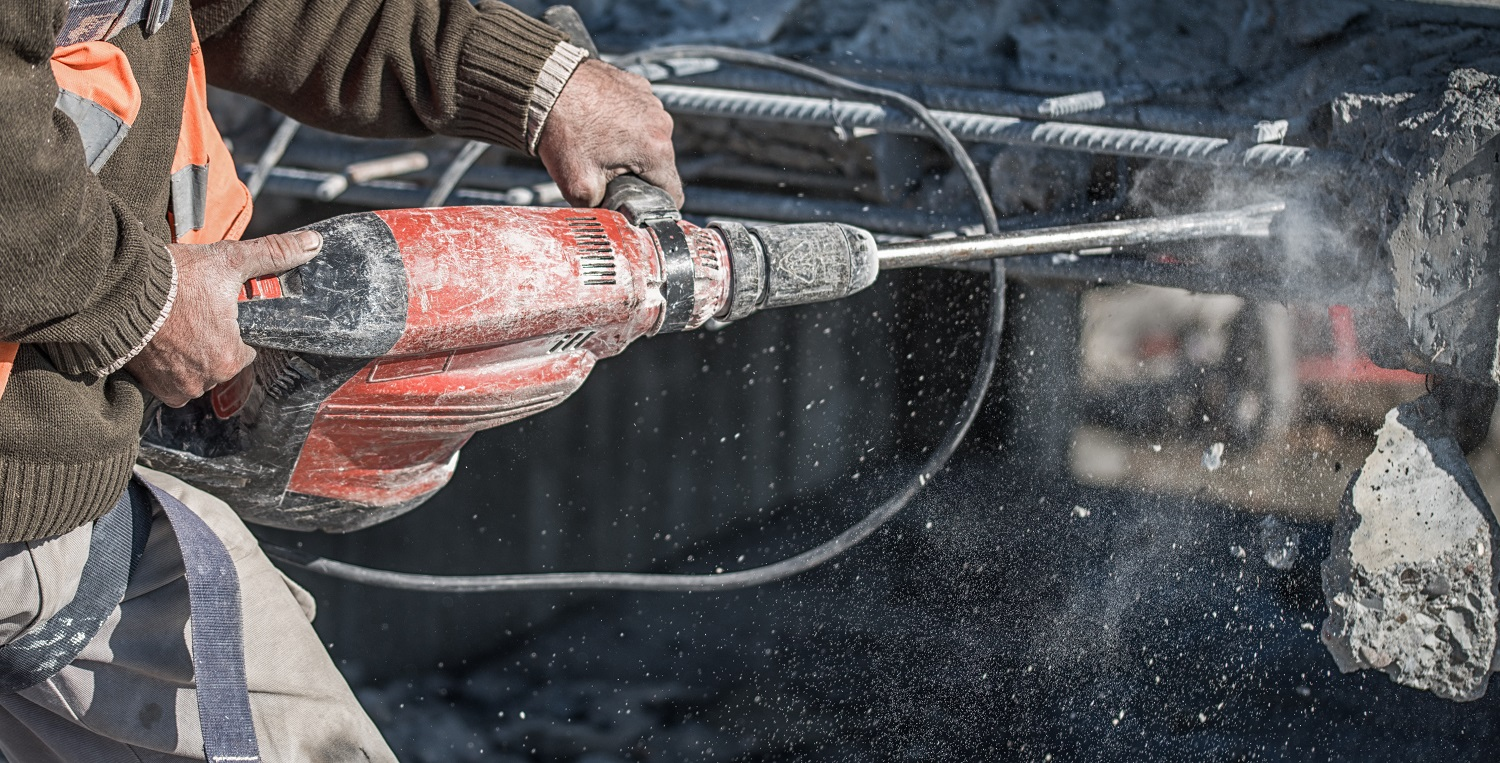 Vibration exposure to the hands from jackhammer